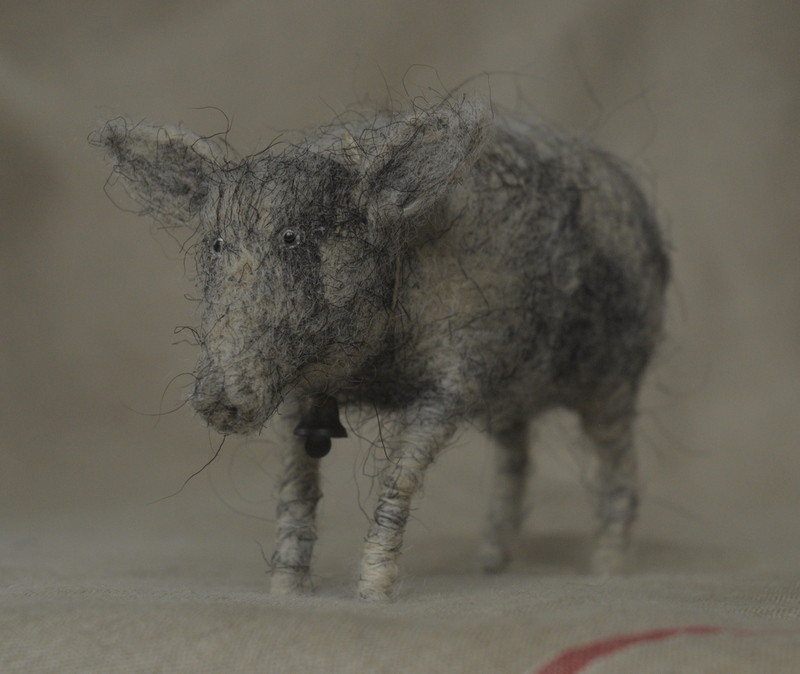 piglet felted from uncarded wool